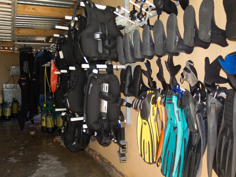 Indigo-scuba-dive-gear