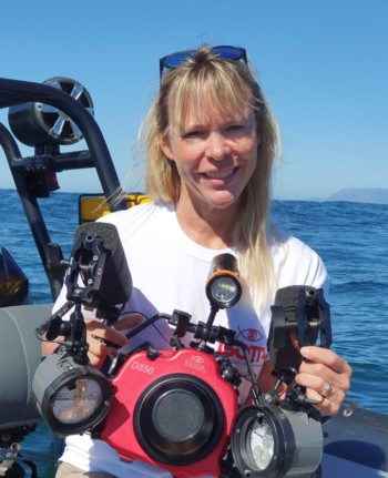 kate-jonker-underwater-photo